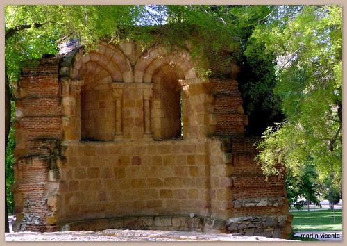 Ruinas del San Pelayo o de San Isidoro