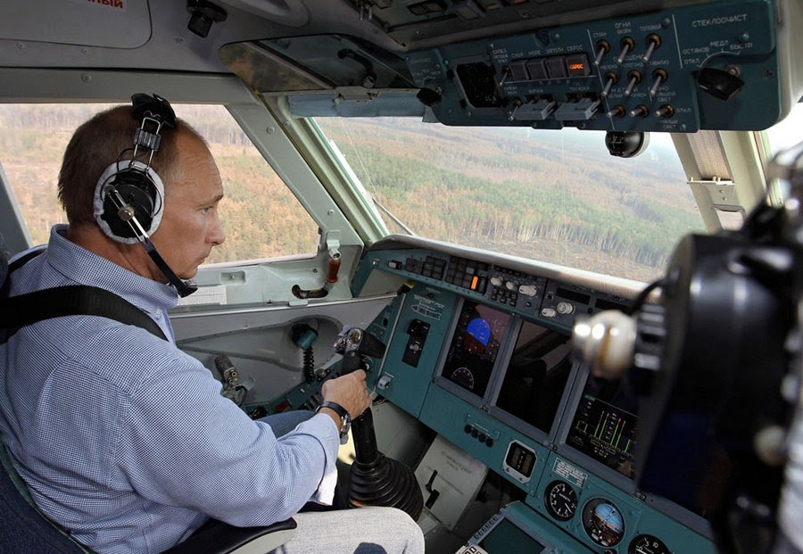 Russian President in the cockpit involved in putting out a fire in Ryazan, August 10, 2010.