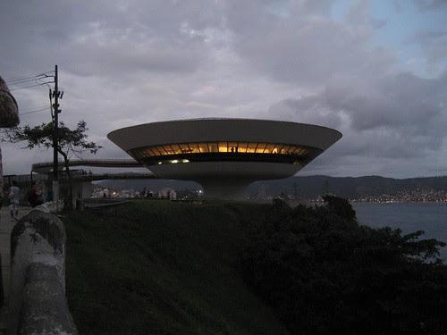 modern art museum Niteroi