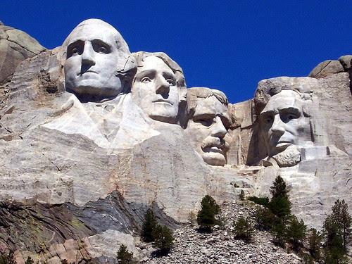 100_2499_2 Mount Rushmore