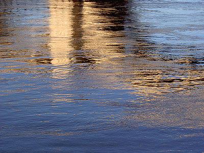 Reflection of Wabasha Street bridge in Mississippi