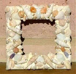 How To Make A Seashell Adorned Picture Frame