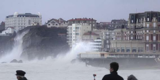 Littoral basque : une nouvelle alerte aux vagues submersion - SudOuest.fr