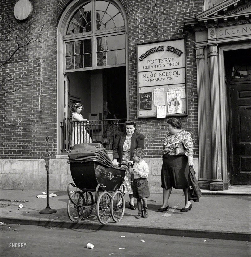 Working Moms: 1944