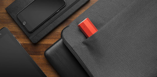 The Zolt Laptop Plus Charger Is Ideal for Travelers