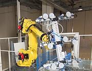 Robot di preparazione lastre di vetro che saranno inviate nella linea di lavorazione