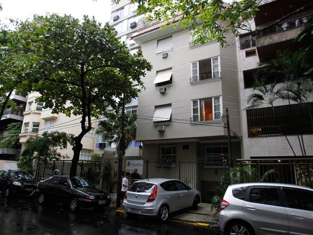 Assaltantes levaram joias do apartamento do vice-governador (Foto: Marcelo Piu / Agência O Globo)