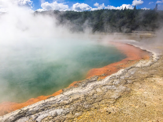 Road trip to Rotorua – Day 1 (geothermal awesomeness)