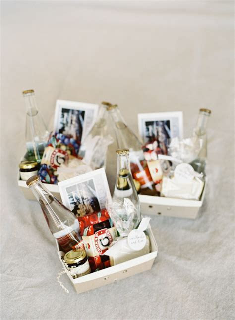 Bomboniere Ideas   Cakes, Favours & Guest Books