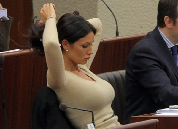 ΠΟΛmost-gorgeous-female-politicians-Nicole-Minetti
