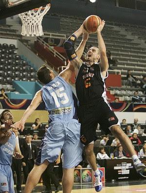 Bruno Zanotti basquete (Foto: FIBA)