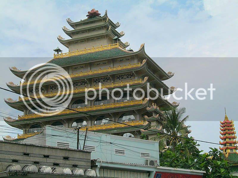 Van Duc pagoda