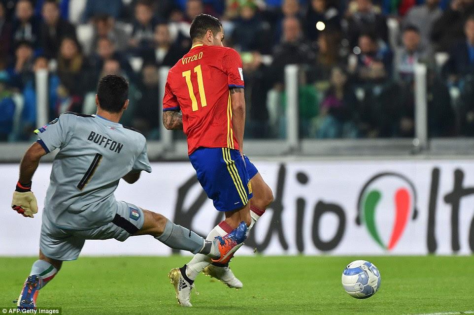 The Sevilla striker took advantage of a rare mistake by Italy legendGianluigi Buffon to break the deadlock