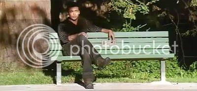 http://img.photobucket.com/albums/v252/BollyNuts/Vaaranam%20Aayiram/3song02.jpg