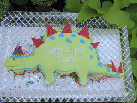 Dinosaur Templates For Cakes   Dorothy Dinosaur Cake Template Index