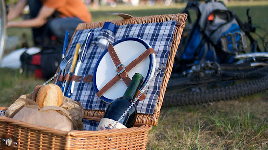 How to avoid food poisoning at summer picnics