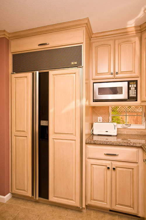 Wondering the make and dimensions of the microwave. Our ...