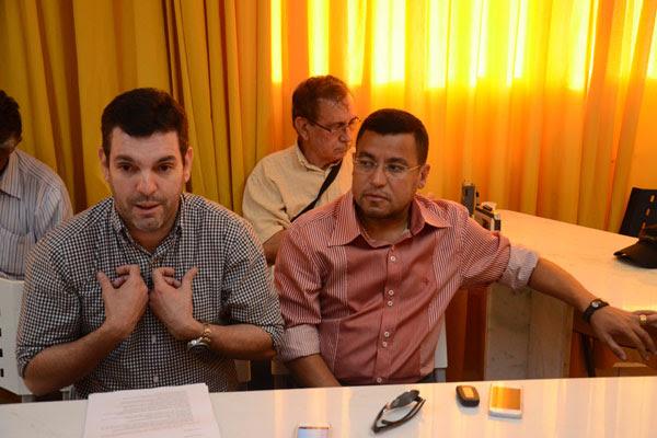 """Presidente Alex Padang deflagrou o clima eleitoral no América, ao recusar a prorrogação do seu mandato por mais um ano e lançar o """"desconhecido"""" Eliel Tavares como candidato à sucessão do cargo"""