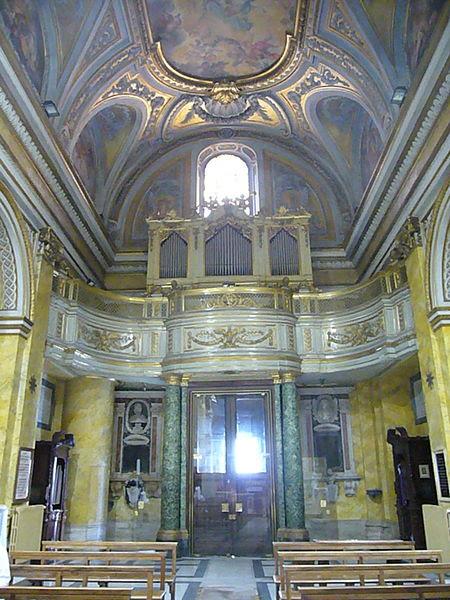 File:S Stanislao dei Polacchi - controfacciata e organo 1230805.JPG