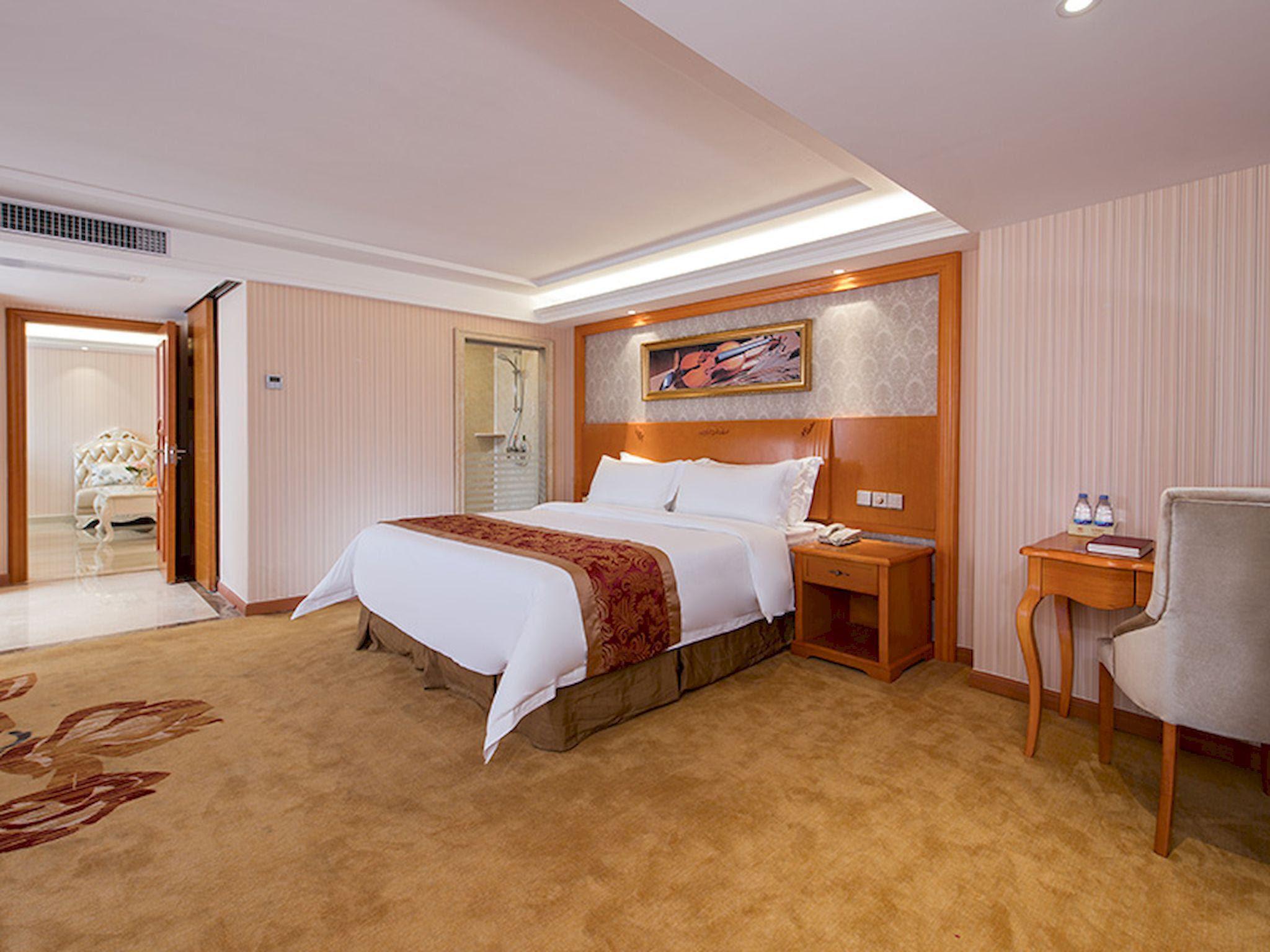 hotel near Zhongshan Vienna Hotel Zhongshan Bus Station