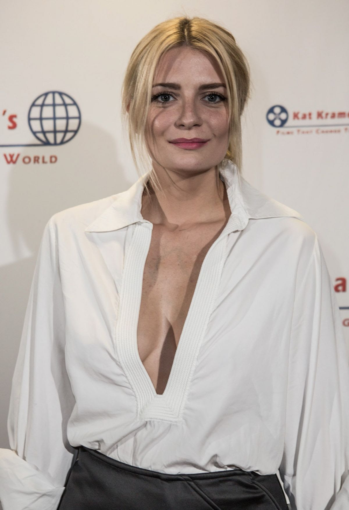 http://www.hawtcelebs.com/wp-content/uploads/2015/04/mischa-barton-at-bhopal-a-prayer-for-rain-screening-in-los-angeles_1.jpg