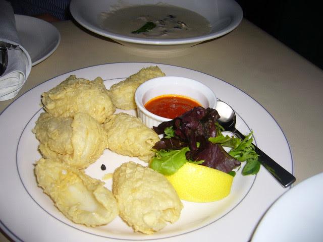 La Cantina: Calamari!
