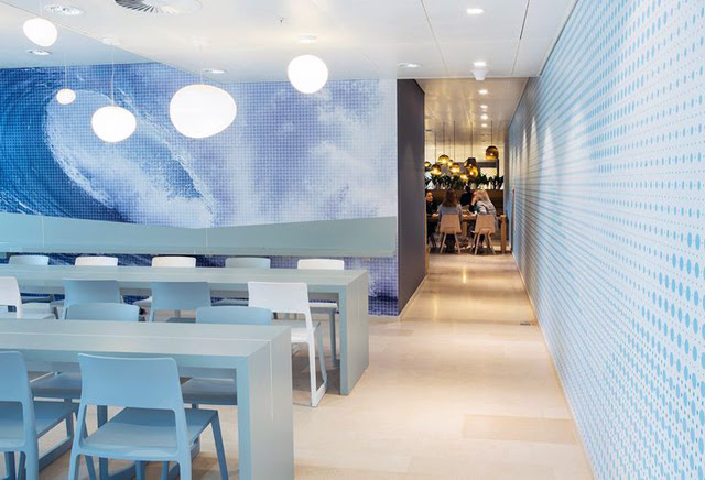 Nuon offices amsterdam minimal interior design architecture inspiration colorful blog post fashion blogger turn it inside out belgium student interior architecture