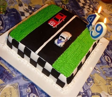 Drag Racing Cake   CakeCentral.com
