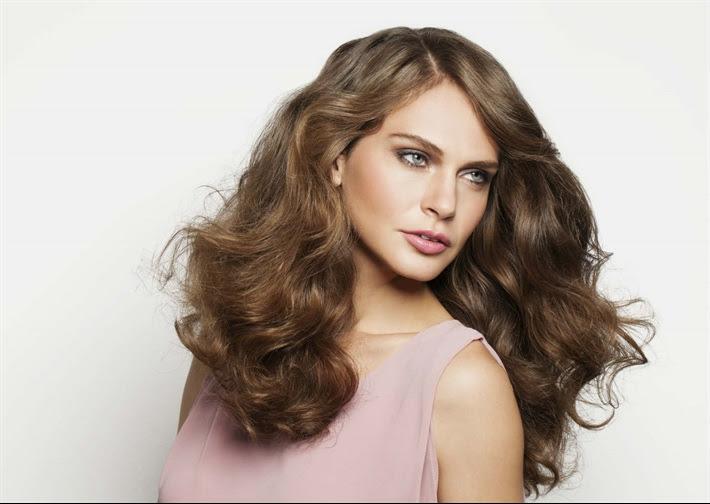 come fare i capelli mossi senza ferro - Come realizzare i capelli mossi senza calore PourFemme