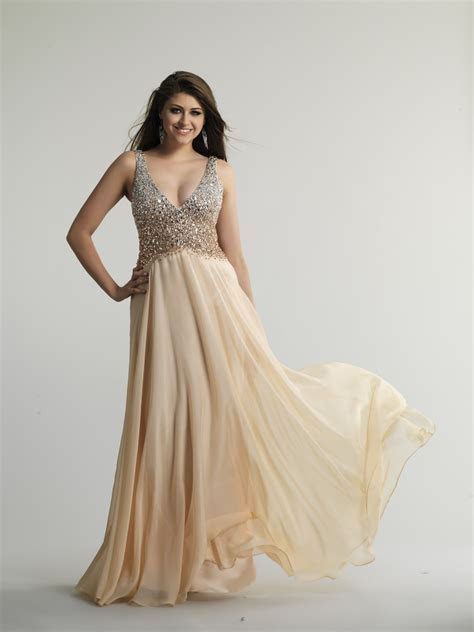 Pay more attention to Champagne Colored Dresses   24 Dressi