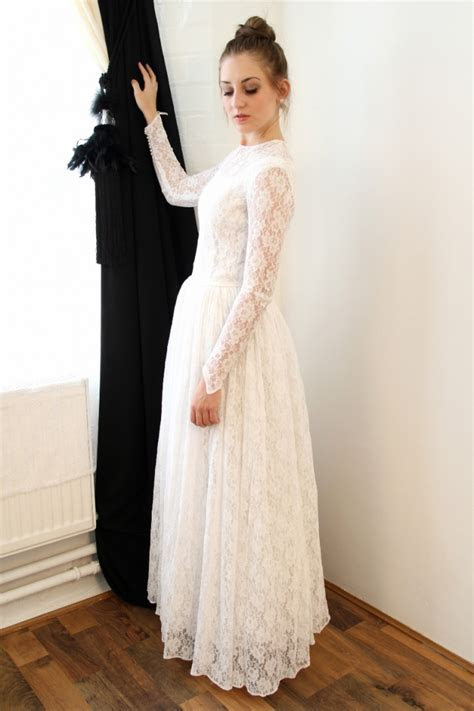 Vintage A Line Lace Floor Length Wedding Dress Elegant