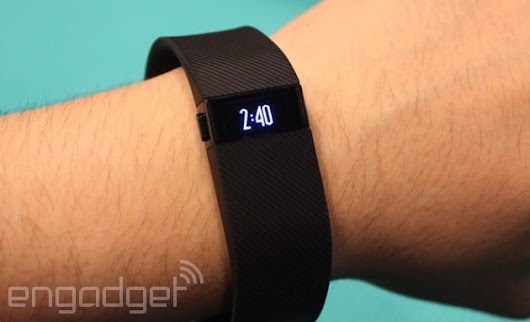 Fitbit says users can avoid rashes by giving their skin a break