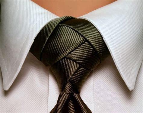 25  best ideas about Trinity Knot Tie on Pinterest   Tie