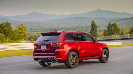 Driving the 707-horsepower Jeep Grand Cherokee Trackhawk in a word? SICK