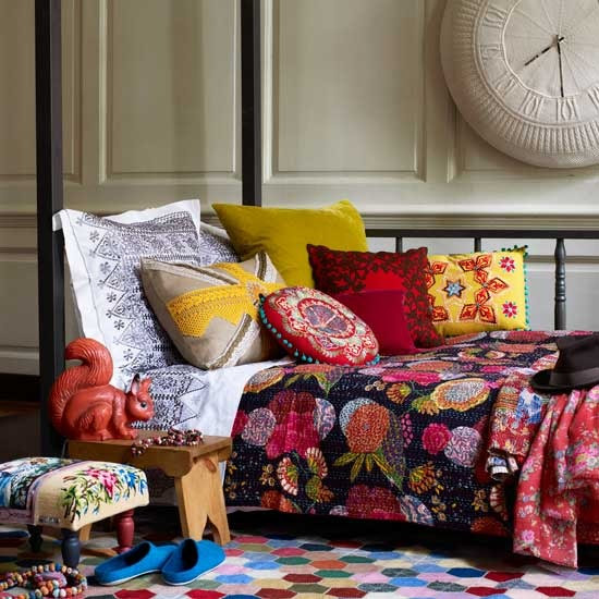 2-10-inspiring-ideas-colourful-living-rooms-eclectic-room | Home ...