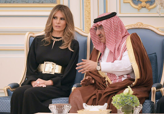 U.S. first lady ignores Trump criticism, shuns head scarf for Saudi Arabia visit | Toronto Star