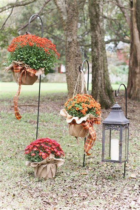 25  best ideas about Fall Wedding Mums on Pinterest   Fall