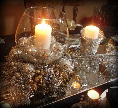 Dining Delight: New Year's Eve Tablescape