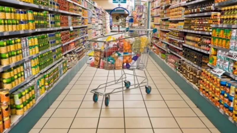 caridad, ayuda, arash derambarsh, francia, ley, supermercados
