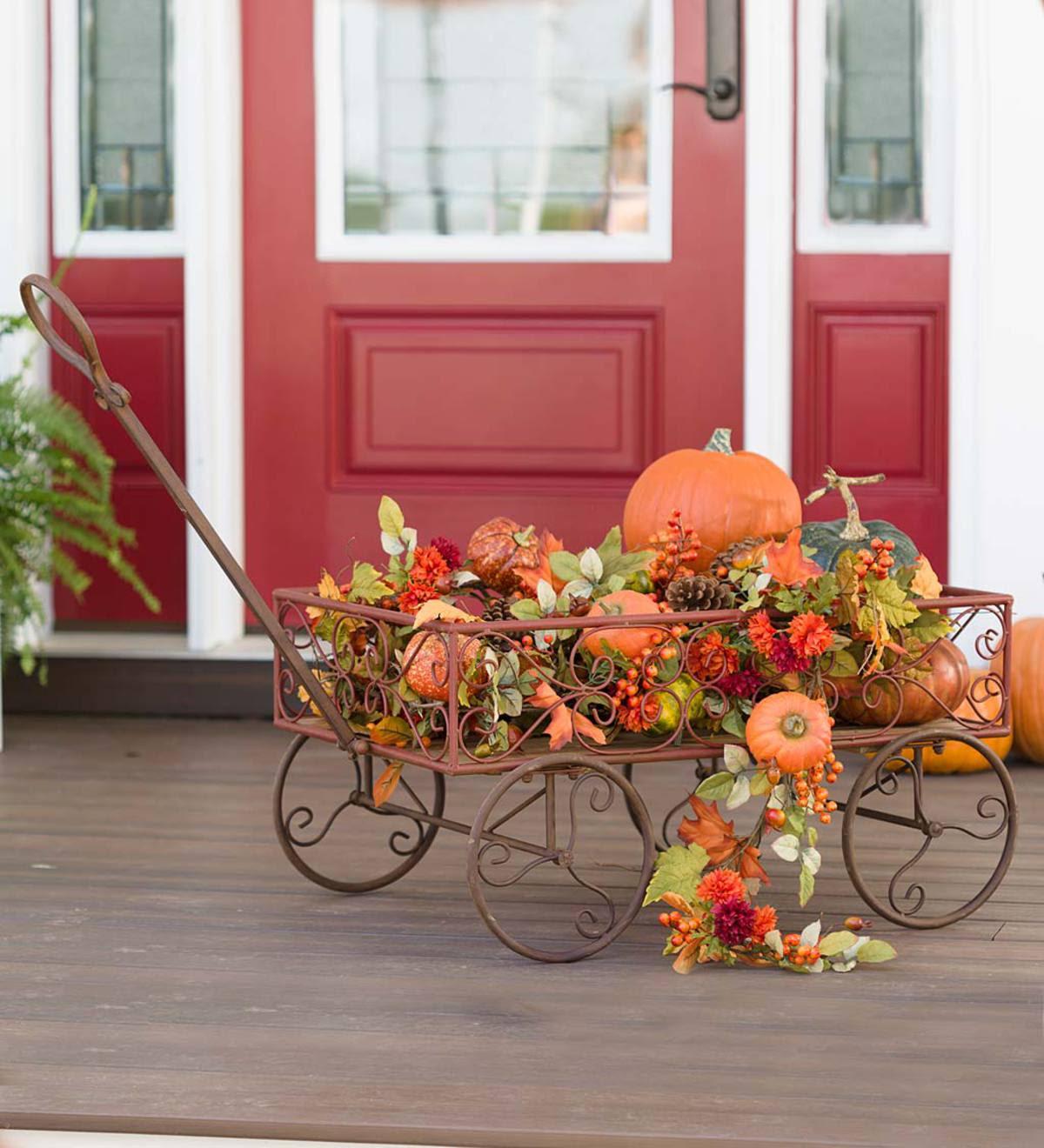 Vintage Metal Garden Wagon Accent   PlowHearth