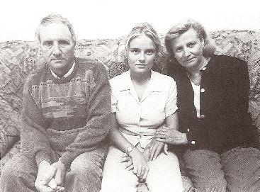 Marimar Blanco con sus padres.