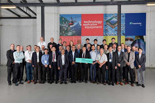 Fraunhofer IZM - PLP-Symposium