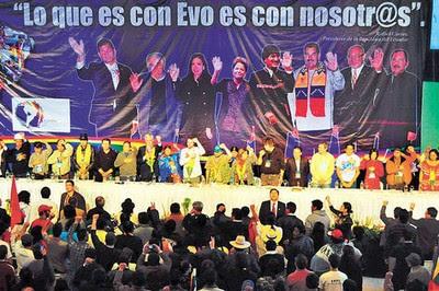 Más de mil 200 delegados participantes y miles de cochabambinos se darán cita en la avenida Blanco Galindo para mostrar su respaldo a las determinaciones de la Cumbre Antiimperialista realizada en Bolivia