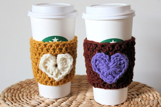 Crochet Heart Coffee Sleeve (Free Pattern)