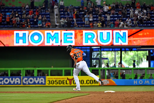 The Blue Jays Should Trade for Giancarlo Stanton