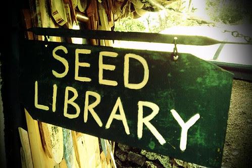 Photo Schild mit Aufschrift Seed Library