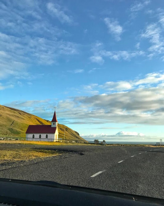 Driving Southern Iceland - Essential Parking, Car Hire & Fun Road Trip Tips - The Life of a Social Butterfly