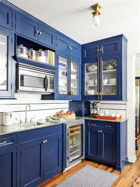 paint cabinets hgtv