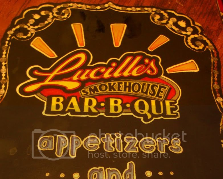 Food makes me happy lucille 39 s smokehouse bar b que for Food for bar b q