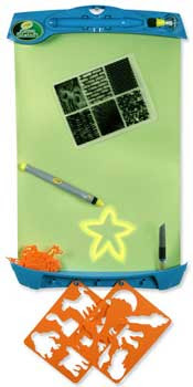 Crayola Glow Station glows in the dark so you can draw with light